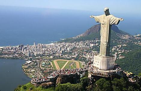 Statue du Christ Rédempteur (Rio, Brésil)