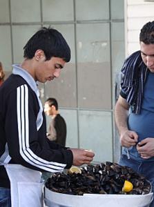 Vendeur de moules à Istanbul