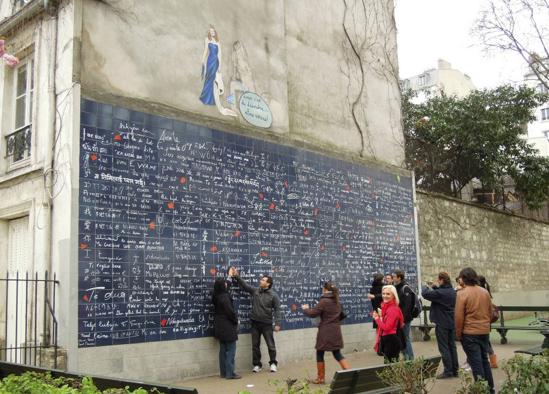 Tourisme à Paris - Mur des Je t'aime