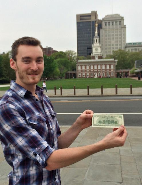 jeremy-a-philadelphie-avec-un-billet-de-100-dollars